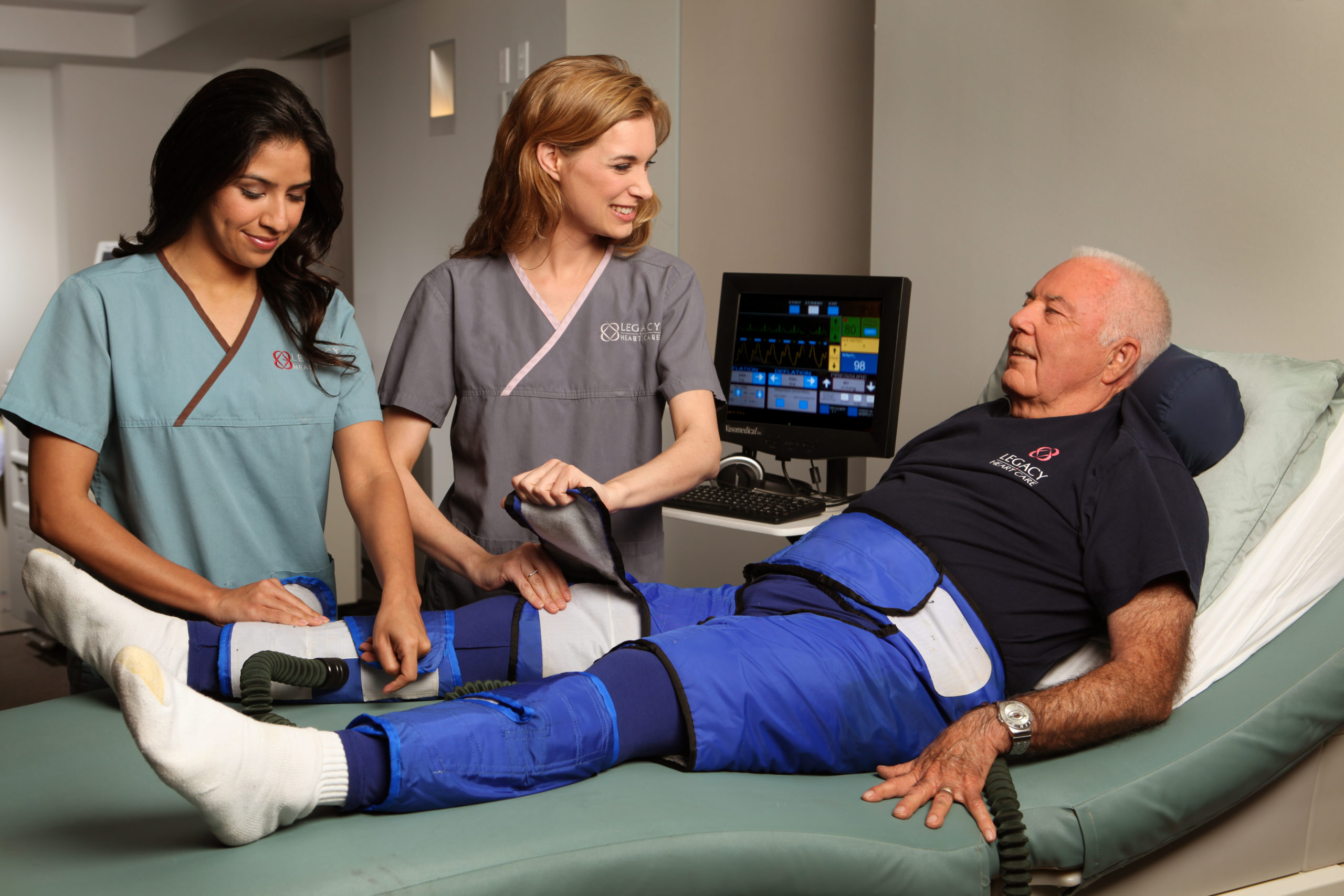 What is EECP therapy?